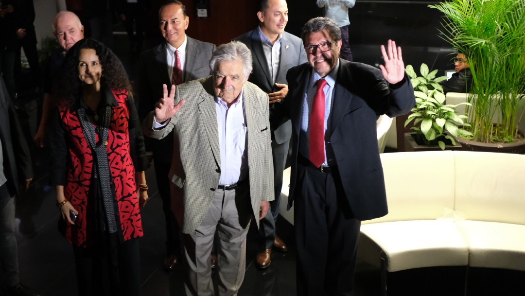 Mujica sugiere a políticos mexicanos acordar con la derecha