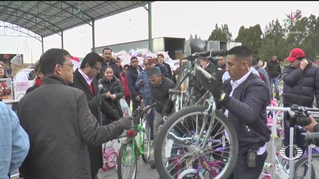 Foto: Familias Mexicanas Reúnen Festejar Navidad 24 Diciembre 2019