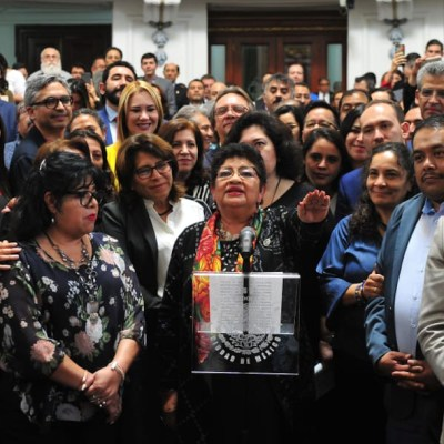 Ernestina Godoy rinde protesta como primera fiscal general de CDMX