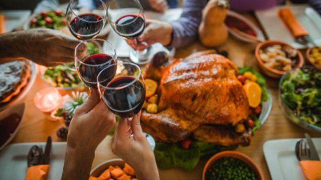 ¿Cuántos kilos suben los mexicanos durante las fiestas?