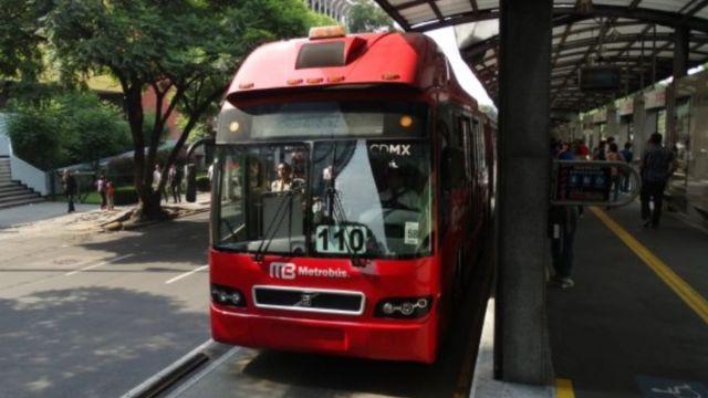 Foto: Una unidad del Metrobús. Twitter/@MetrobusCDMX