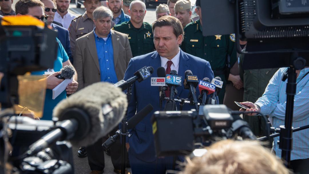 Gobernador de Florida viajó a Pensacola para hablar con los periodistas, el 06 de dicimbre de 2019
