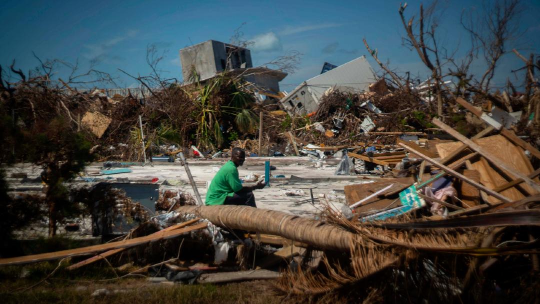 Foto: Los restos de lo que solía ser una casa, en un vecindario destruido por el huracán Dorian, en Abaco, Bahamas, 12 diciembre 2019