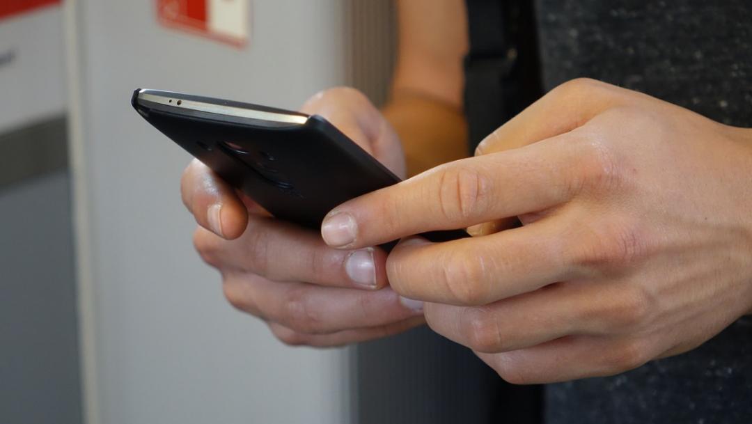 ¿Qué es WhatsApp Plus y por qué no deberías usarlo?