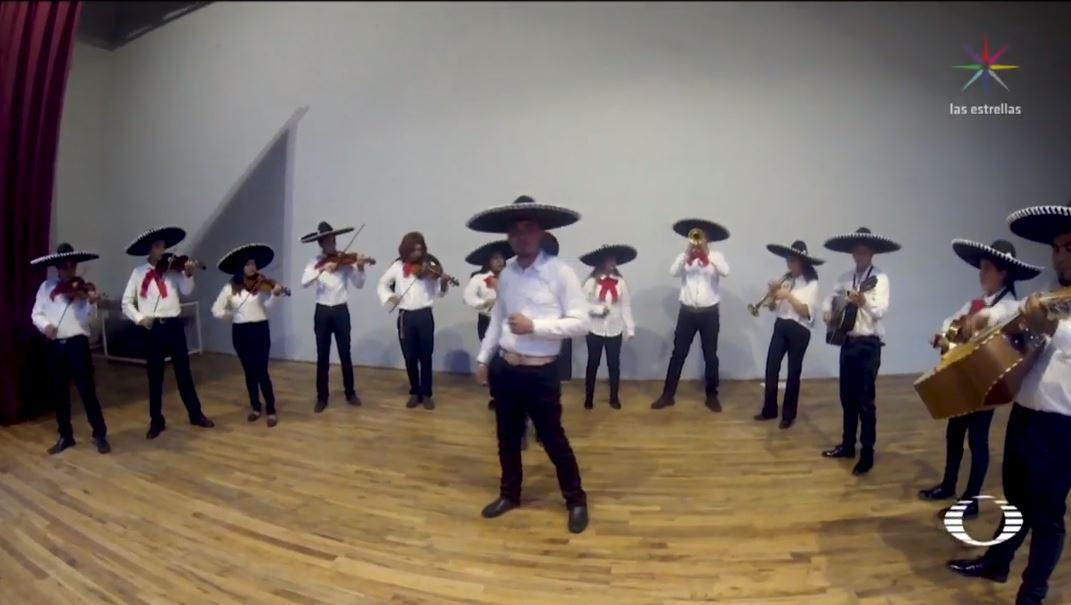 Jóvenes de Camargo, Chihuahua dejan calles y forman mariachi