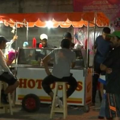 Jóvenes de Chiapas invierten becas Benito Juárez en negocio de hamburguesas