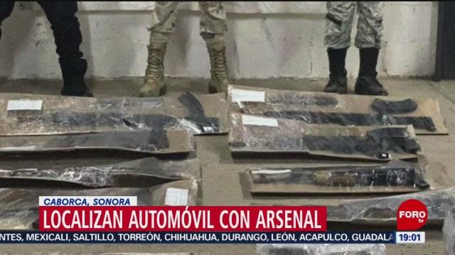 FOTO: Localizan automóvil robado con arsenal en Caborca, Sonora, 15 diciembre 2019