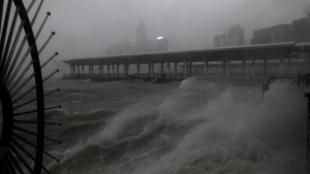 "fOTO: El tifón ""Mangkhut"" se desplazó Guam, Hong Kong, Filipinas y China."