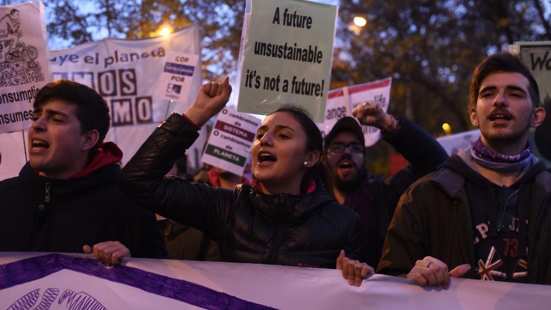 FOTO Miles participan en Marcha por el Clima con Greta Thunberg, en Madrid (Getty Images)