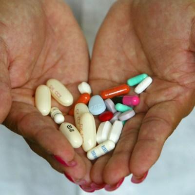 Alcohol y medicamentos: ¿por qué no deben mezclarse?