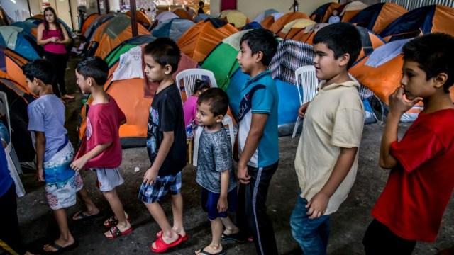 Imagen: El INM informó que durante 2019 aumentó 33.94 por ciento el número de trámites, a través del formato de Salida de Menores (SAM), con el cual niñas, niños, adolescentes o personas bajo tutela pueden salir del país de forma segura