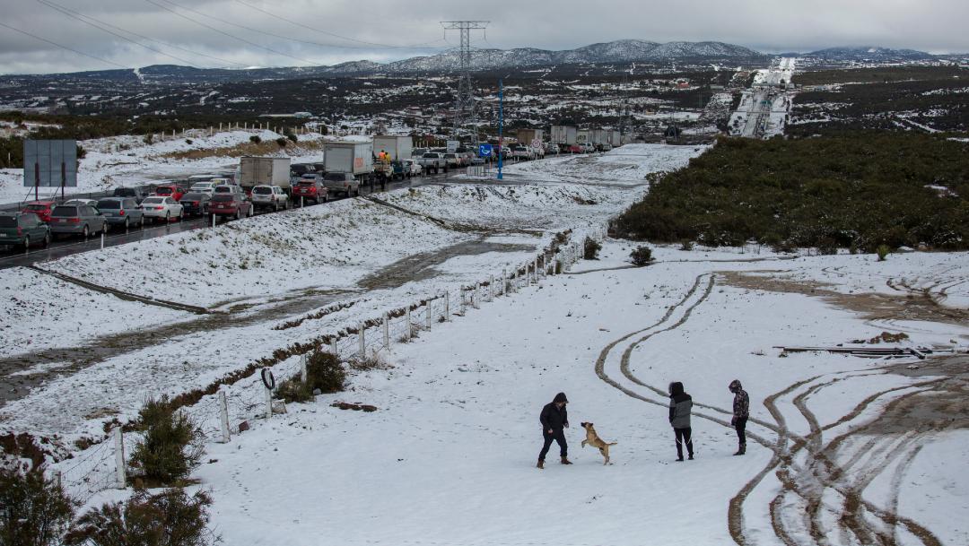 Foto Fotos y videos: Un día más de nevadas en el noroeste de México, 26 de diciembre de 2019, (Cuartoscuro)