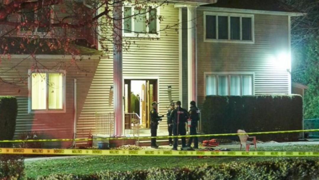 FOTO: Ataque del sábado en la residencia de un rabino cerca de Nueva York, el 28 de diciembre de 2019