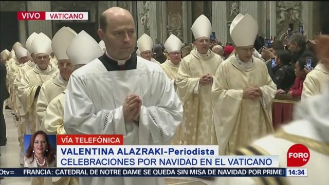 papa francisco celebra misa de gallo en el vaticano