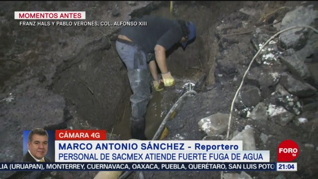 FOTO: Personal de SACMEX atiende fuga de agua en la Álvaro Obregón, 15 diciembre 2019