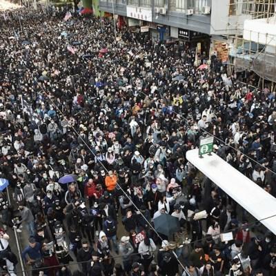 Foto: Cientos de miles de manifestantes prodemocracia se manifiestan en Hong Kong, 8 diciembre 2019