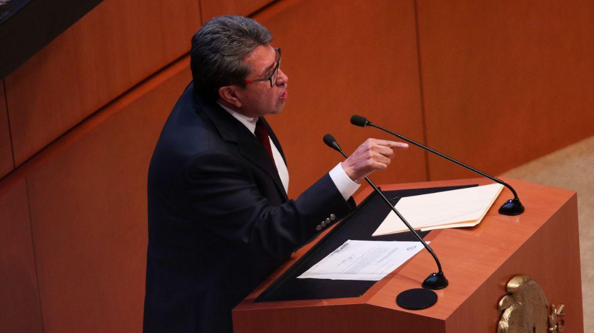 Monreal anuncia parlamento para reforma de 'outsourcing'