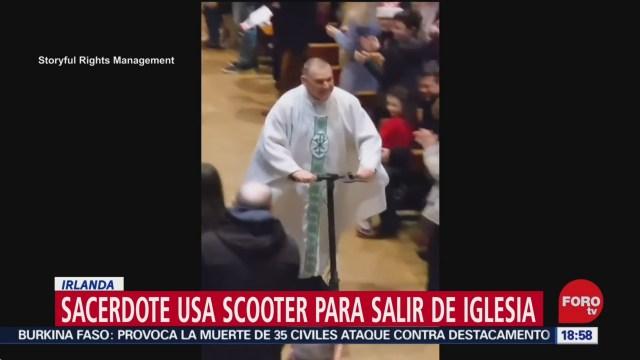 Foto: Video Sacerdote Scooter Eléctrico Misa Navideña 25 Diciembre 2019