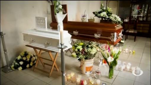 Foto: Sepultan Madre Hijas Tras Feminicidio Naucalpan 11 Diciembre 2019
