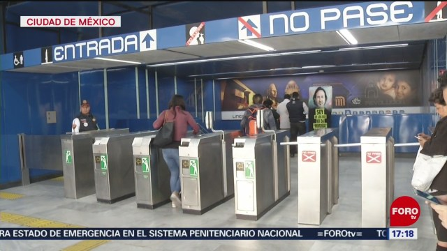 FOTO: soy incorruptible campana para evitar que usuarios del metro salten torniquetes
