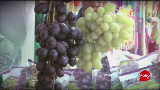 Foto: tradicion de las uvas para recibir el ano nuevo