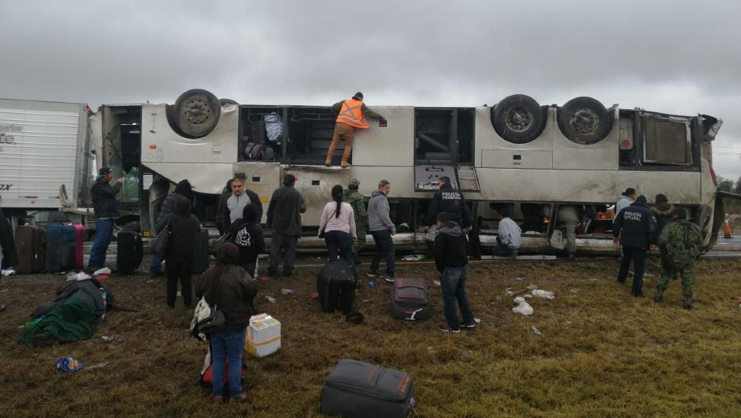 Foto: Choque deja dos muertos y 10 heridos en San Luís Potosí, 21 de diciembre de 2019 (Noticieros Televisa)