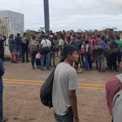 Foto: Más de mil migrantes intentan entrar a México por Tabasco, 19 de enero de 2020, Procuraduría de Derechos Humanos de Guatemala)