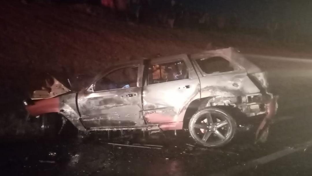 Cuatro personas mueren calcinadas en accidente carretero en la México-Tuxpan
