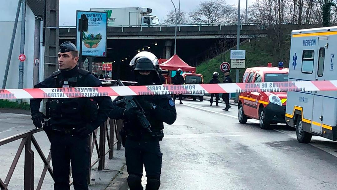 Foto: Al menos un muerto en el ataque con cuchillo en París