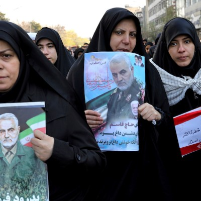 Hija de Soleimani advierte: 'Muerte de mi padre traerá un 'día oscuro' a EE UU'