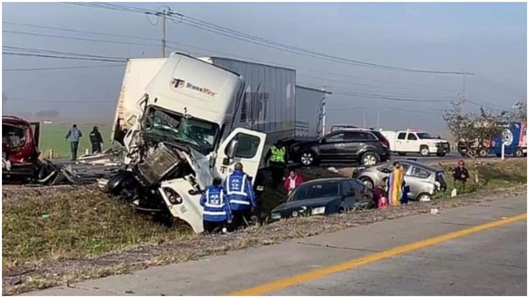 Foto: Carambola provoca el cierre de la México-Querétaro en ambos sentidos, 12 de enero 2020 (Foro TV)