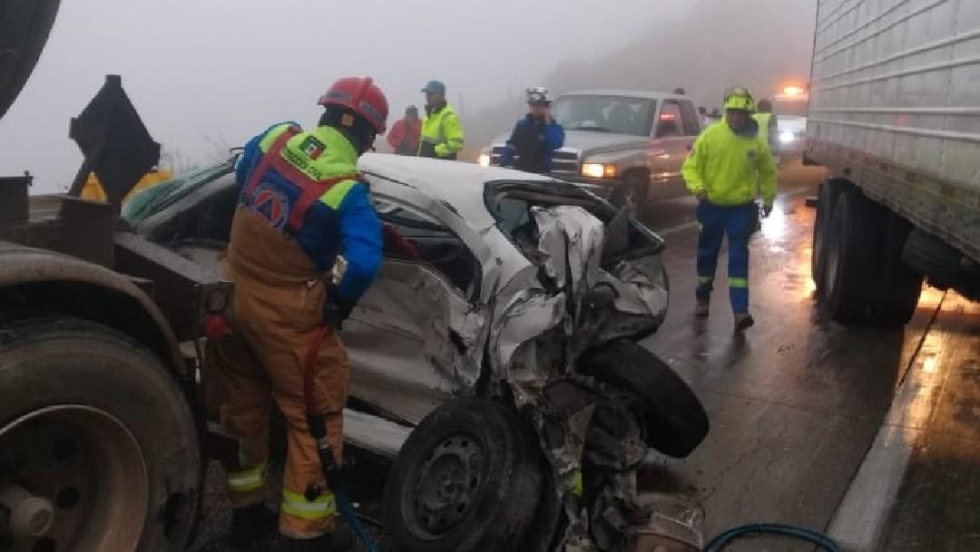 Carambolas en autopista Saltillo-Monterrey dejan 20 heridos