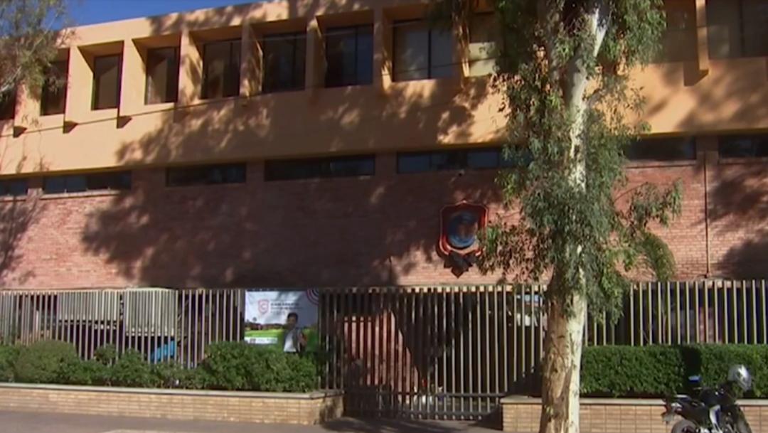 FOTO: Maestra que murió en el tiroteo acababa a entrar al Colegio Cervantes, el 13 de enero de 2020