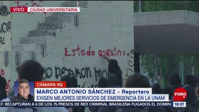 FOTO: con actos vandalicos exigen mejores servicios de emergencia en la unam