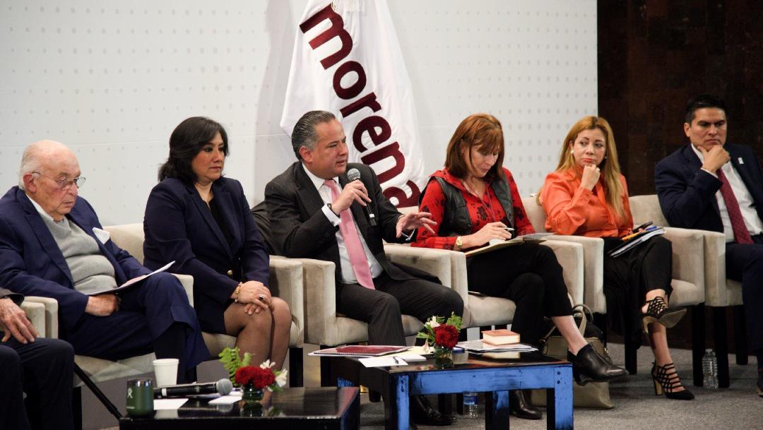 Gobierno de AMLO promete que Pemex aumentará producción petrolera