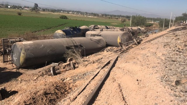 Descarrila tren que transportaba combustóleo en Tula Hidalgo