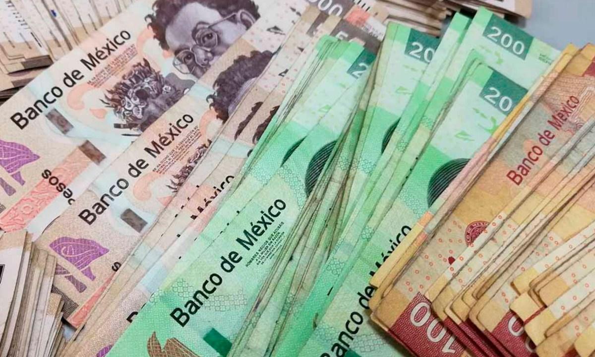 24 de enero 2020, Devolución Infonavit, Dinero, Billetes, Moneda Mexicana, Efectivo