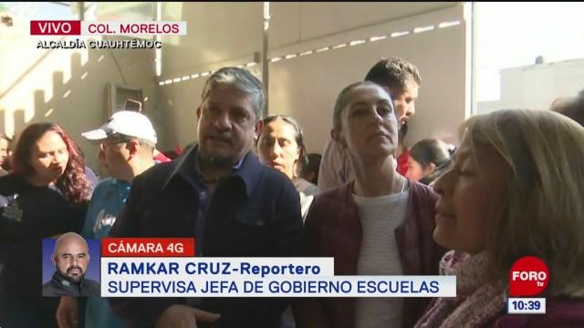 dialoga sheinbaum con padres de familia de escuela cerrada tras sismo