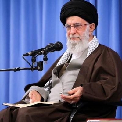 El líder iraní, Ali Jamenei, promete venganza contra asesinos de Soleimani