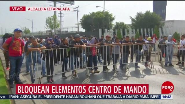 FOTO: elementos de la policia federal bloquean el eje 5 sur en iztapalapa