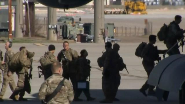 FOTO Estados Unidos enviará 3 mil soldados a Medio Oriente, por crisis en Irak (NBC News)