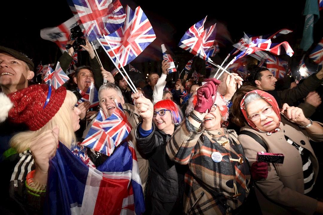 Foto: Británicos celebran el Brexit, 31 de enero de 2020, (EFE)