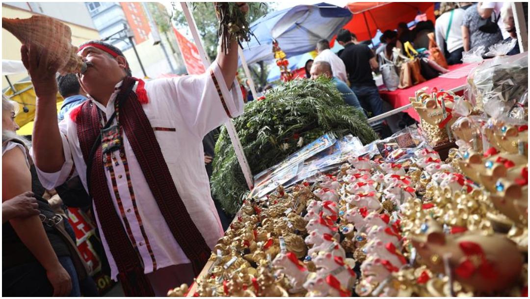 Foto: Habitantes de la Ciudad de México acuden a festejos del Año Nuevo Chino, 25 de enero de 2020 (EFE)