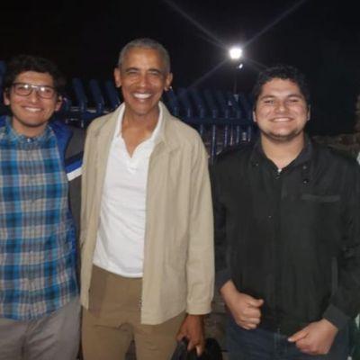 Foto: Barack y Michelle Obama se tomaron fotos con residentes de Loreto.