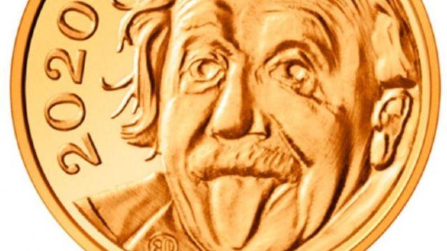 Foto: La moneda de oro de Albert Einstein sacando la lengua pesa 0.063 gramos. Swissmint