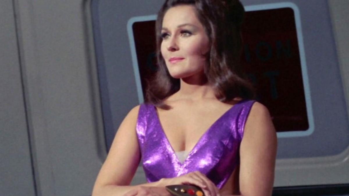 Foto: Marj Dusay en la serie 'Star Trek'. Getty Images