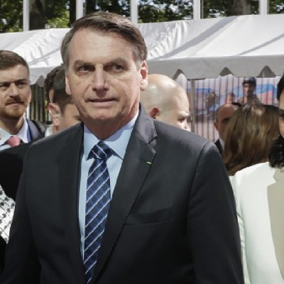 Bolsonaro reta a Macron y a Greta Thunberg por incendios en Australia