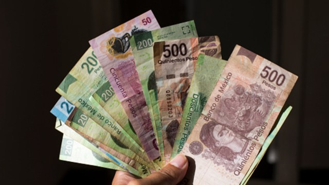 Foto: Peso mexicano se debilita ante temor por coronavirus, 24 de enero de 2020, (Getty Images, archivo)