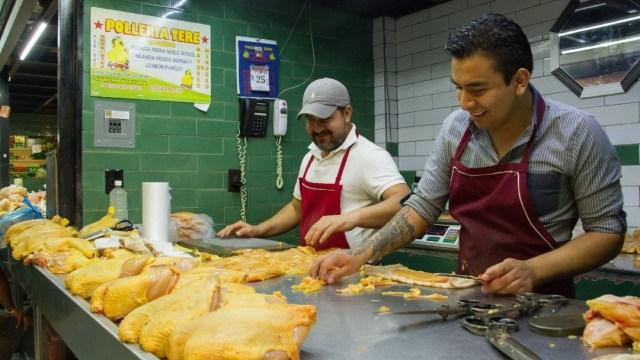 Foto: Hay abasto suficiente de pollo, dice gobierno de AMLO