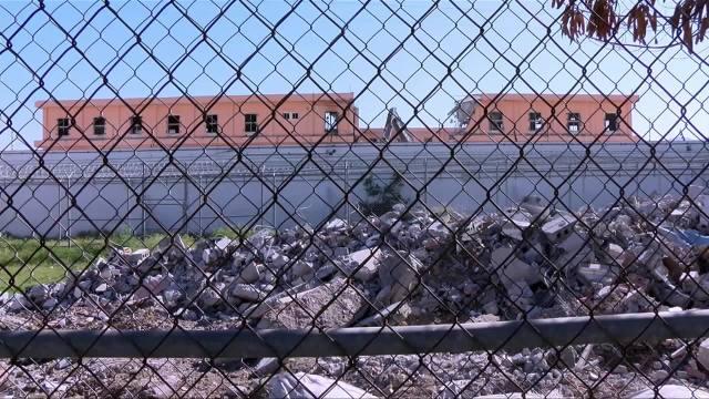 inicia demolicion del antiguo penal de topo chico